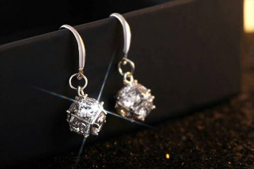 2018 New 925 Sterling Silver Cube Diamond Ear Studs and Elegant Atmosphere Upper Level Earrings and Free Shipping