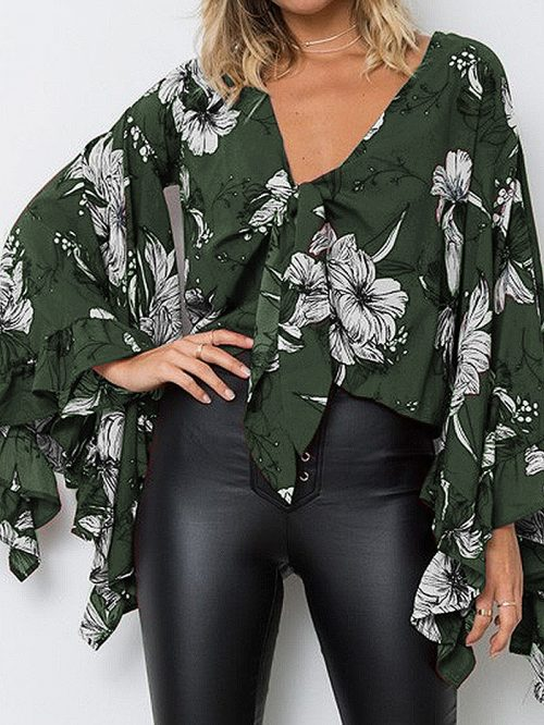 Green V-neck Floral Print Ruffle Trim Flare Sleeve Crop Blouse