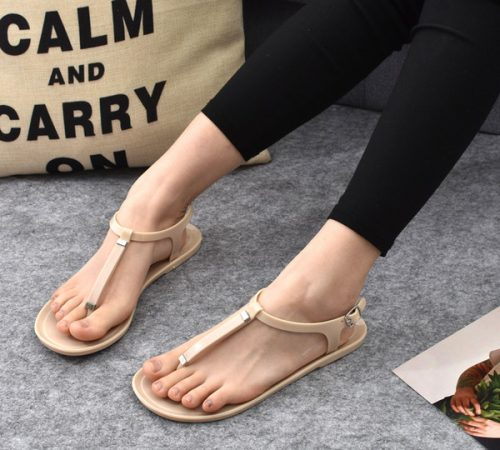 PVC Solid Women Sandals Matal buckle Beach Slipper flat heel casual Flip Flops Jelly Shoes Ladies Fashion Slipper indoor and outdoor beach