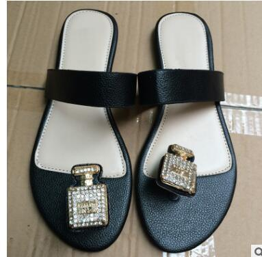NEW AAA 2018 bestselling womens flip-flops fashion outdoor beach causal slide sandals women leather flat slippers size 35-42